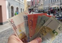 Save Money While Traveling To Europe