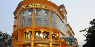 The Total Kings Hotel Experience