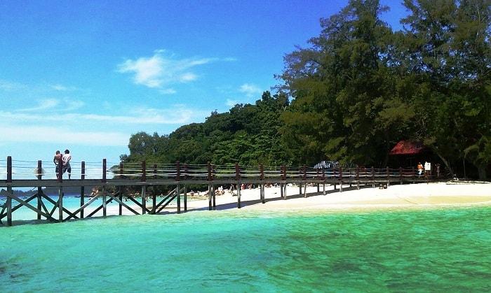 Visit Manukan Island