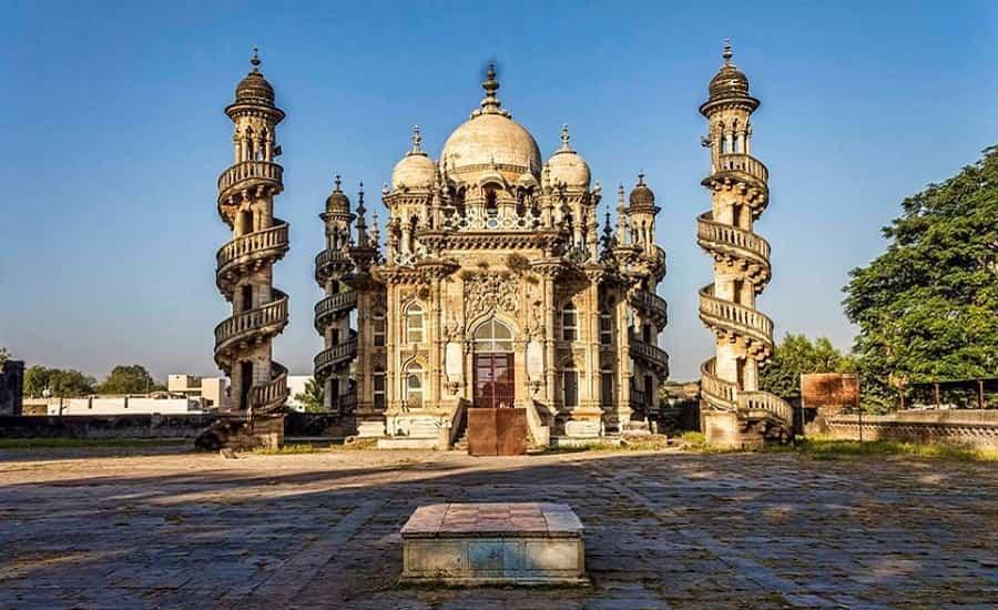 Mahabat Maqbara, Gujarat