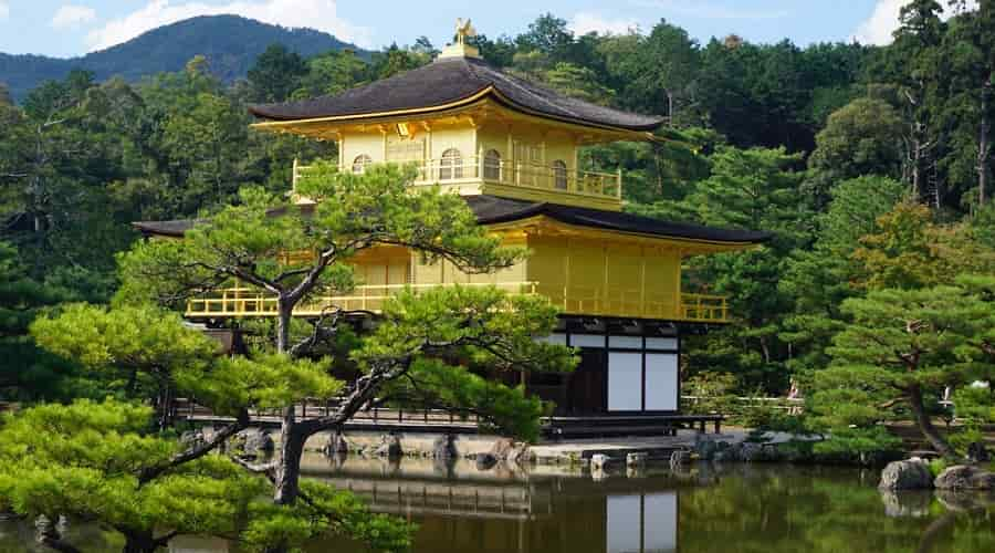Kinkaku-Ji – The Golden Pavilion