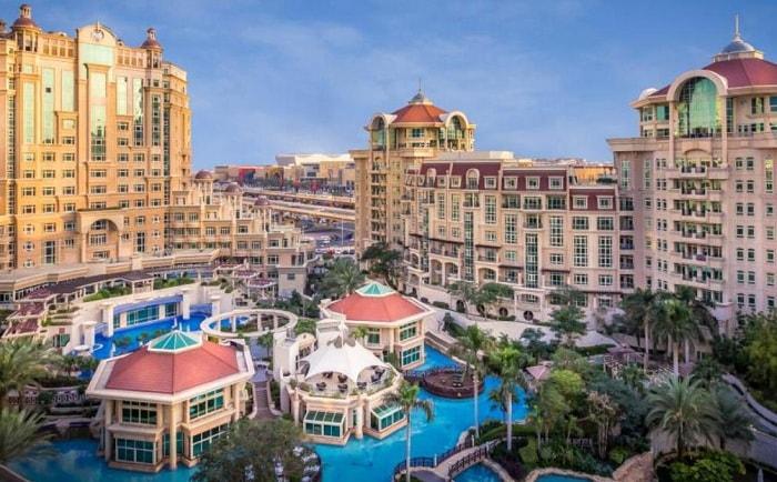 Al Murooj Rotana Suites Hotel Dubai
