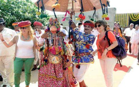 Kachhi Ghodi dance, Abhaneri Festival