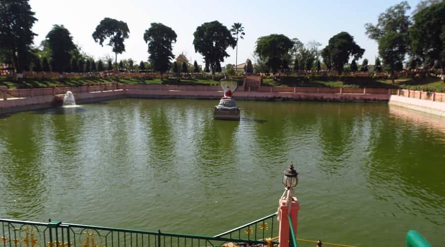 Muchalinda Lake, Bodhgaya