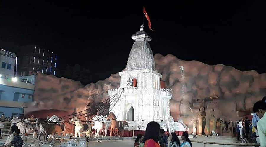 Santosh Mitra Square Pandal