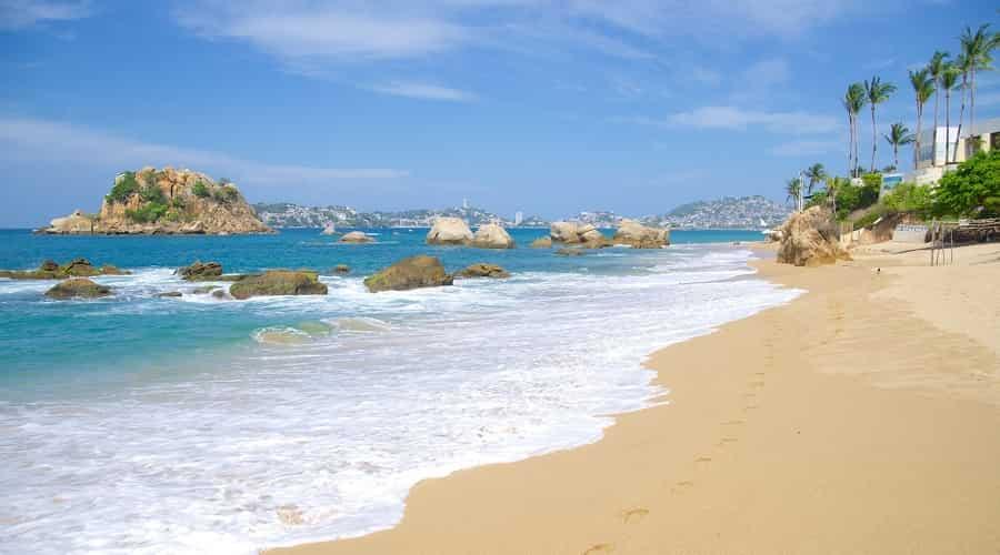 Playa Langosta Beach