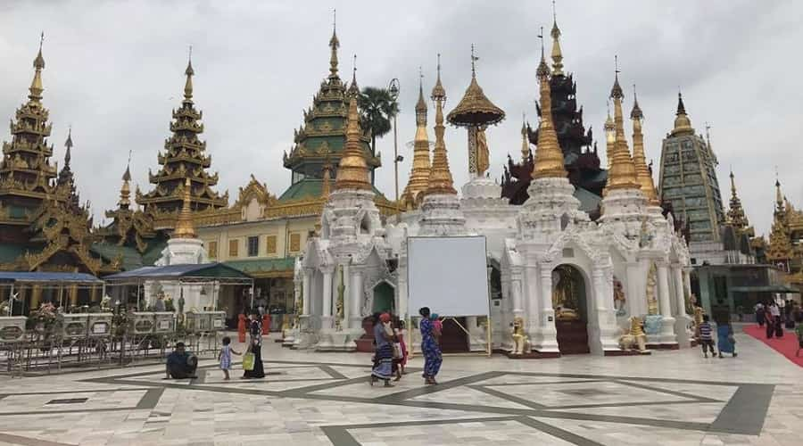 Shwedagon Pagoda (Golden Temple)